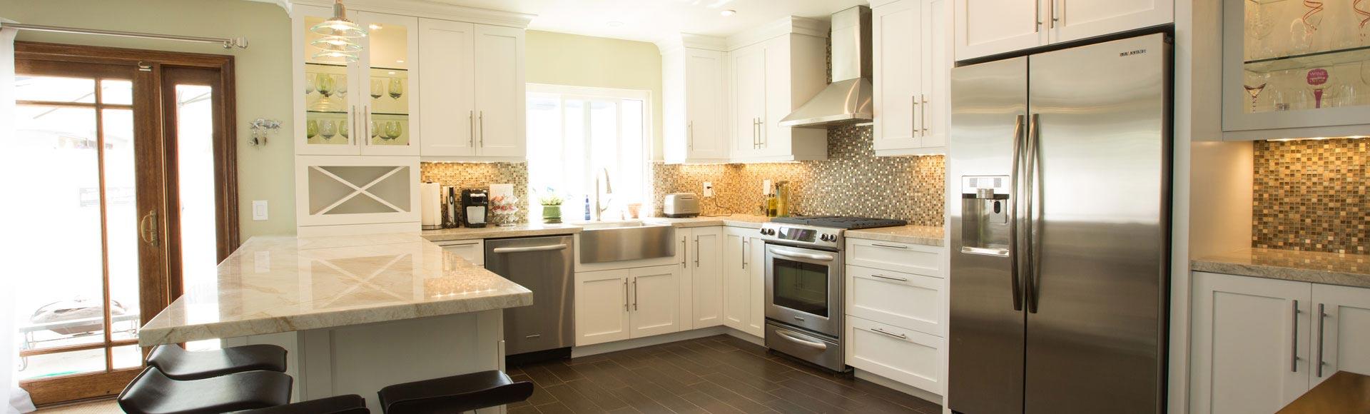 Framless-Euro-Style-White-Modern-Kitchen-Cabinets-AZ6A6576