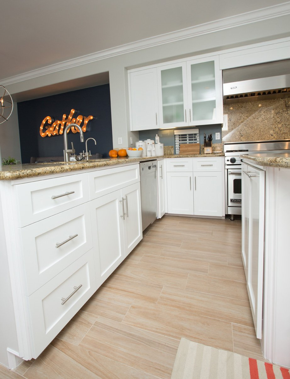 white-frameless-custom-cabinets-beach-house