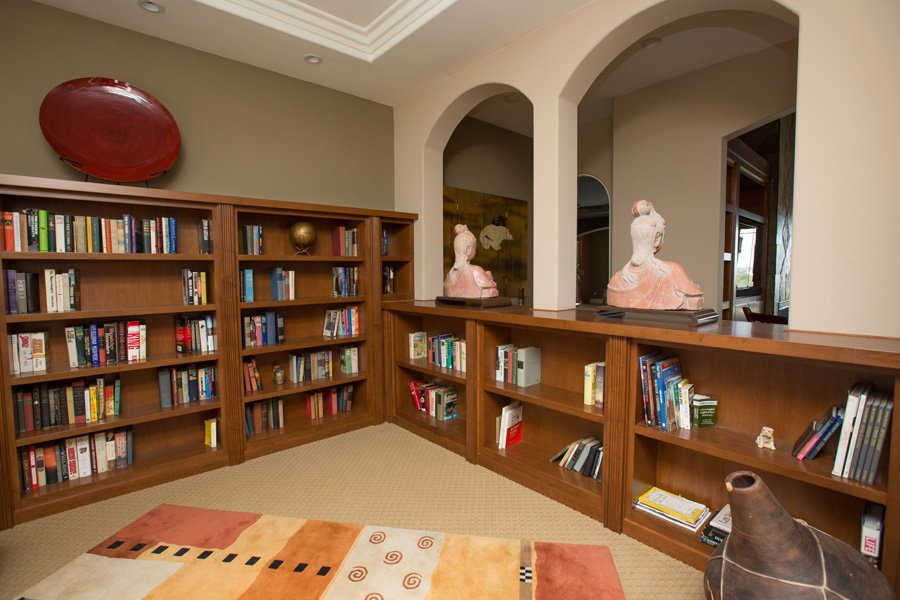 Contemporary-custom-cabinet-temecula-ranch-house