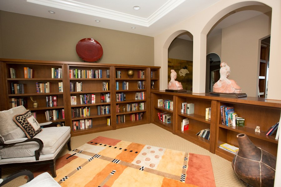 Library-custom-cabinets-contemporary