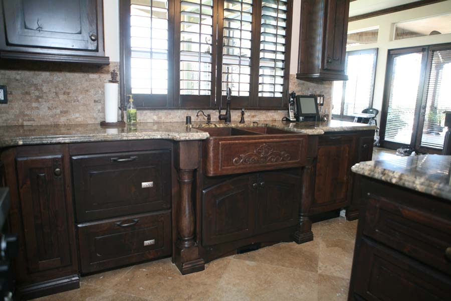 Custom-Furniture-Style-Kitchen-Cabinets-2013-10_3