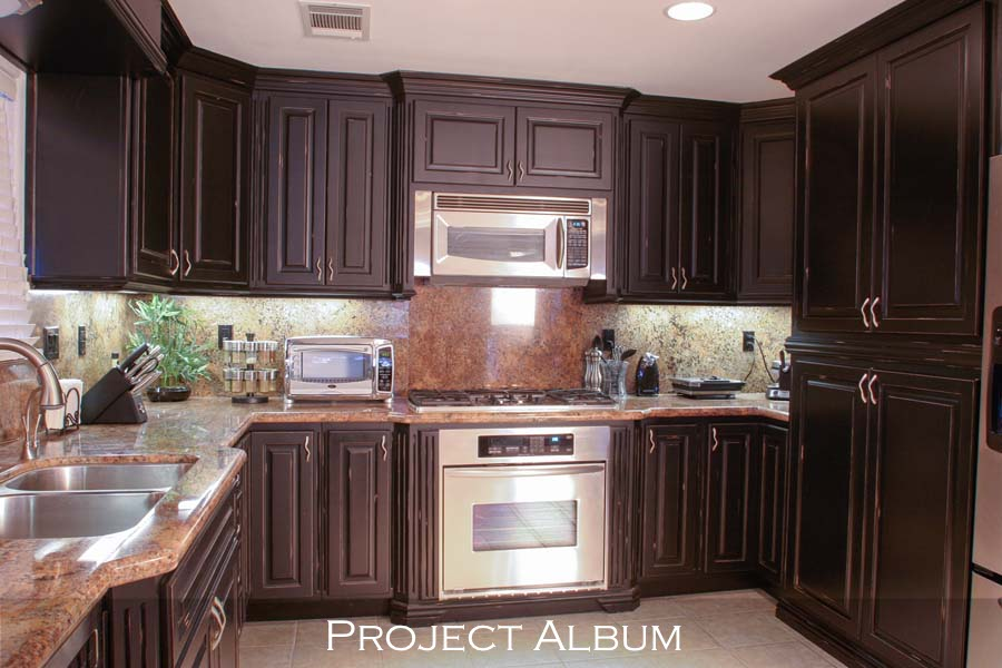 Standard-Faceframe-Kitchen-Cabinets-with-Distressed-Finish-Job 7 2013