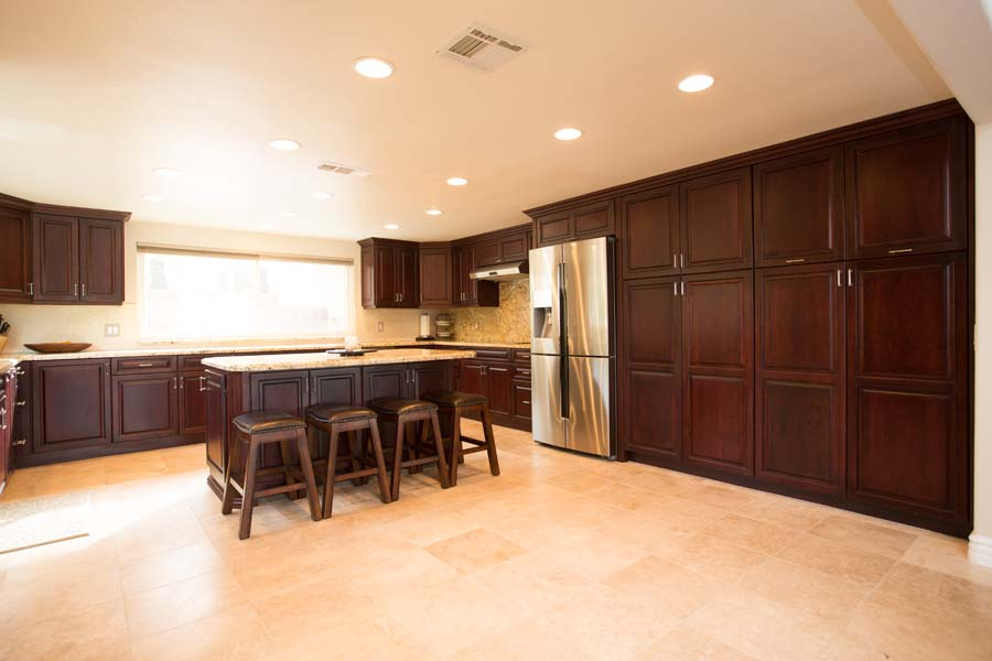 Custom Frameless Contemporary Kitchen Cabinets_SM