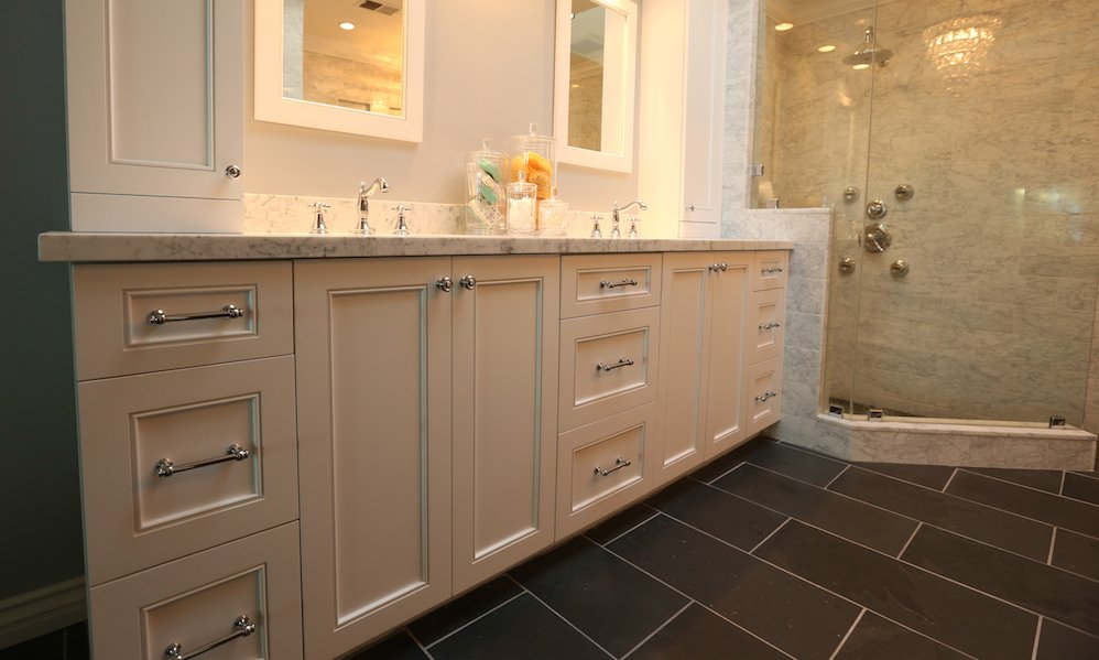 Masterbath-Frameless-Custom-Cabinets-White-Marble.jpeg